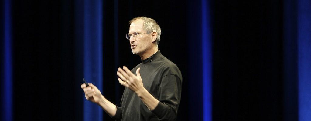 10 astuces indispensables pour pitcher comme Steve Jobs